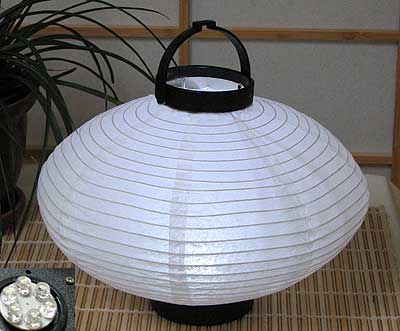 LED Battery 10in Saturn Paper Lanterns in WHITE